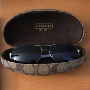 Coach blue lense aviator sunglasses with case